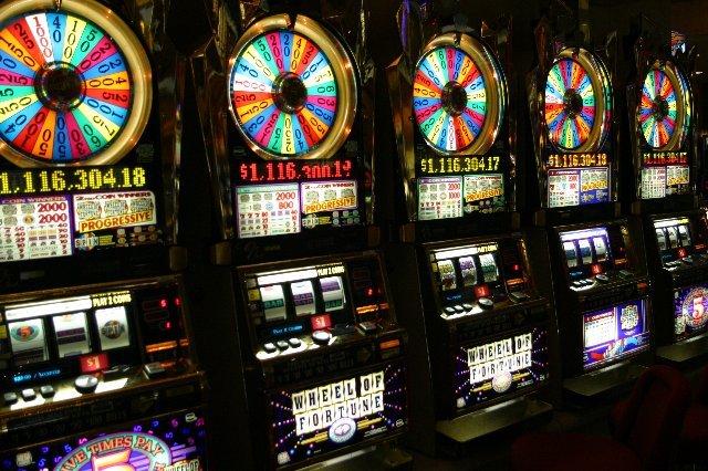 Играть в казино Вавада онлайн может каждый
